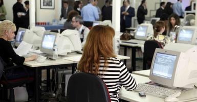 Eργασιακό νομοσχέδιο: Τέλος το 8ωρο για τους εργαζόμενους, καταργείται το ΣΕΠΕ - Κεντρική Εικόνα