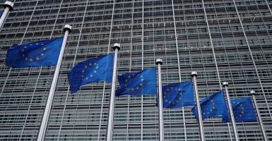 FAZ: Καθυστερεί η διασφάλιση καταθέσεων στην ΕΕ - Κεντρική Εικόνα