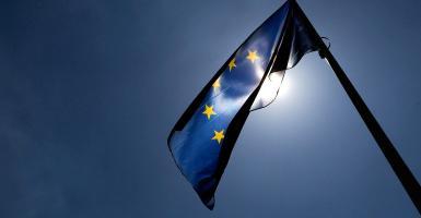 Κατάρρευση του οικονομικού κλίματος στην ευρωζώνη - Κεντρική Εικόνα