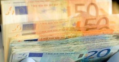 Συνάλλαγμα: Το ευρώ ενισχύεται οριακά έναντι του δολαρίου - Κεντρική Εικόνα