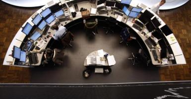Η μετάλλαξη του κορωνοϊού «μολύνει» τα ευρωπαϊκά χρηματιστήρια - Κεντρική Εικόνα