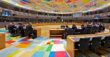 Ενισχυμένη γραμμή πίστωσης από τον ESM συζητά το Ecofin - Κεντρική Εικόνα