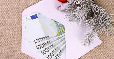 Δώρο Χριστουγέννων:  Πόσο νωρίτερα θα καταβληθεί φέτος από ΟΑΕΔ και εργοδότες - Κεντρική Εικόνα