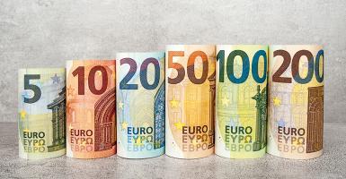 Ποιοι ελεύθεροι επαγγελματίες θα πληρώσουν τέλος επιτηδεύματος έως 650 ευρώ - Κεντρική Εικόνα