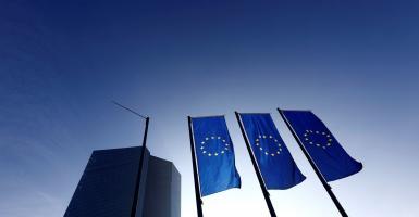 Ευρωζώνη: Καθοδικά για τέταρτο μήνα η επιχειρηματική δραστηριότητα - Κεντρική Εικόνα