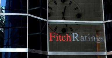 Fitch για ελληνικές τράπεζες: Ο καλός βαθμός στα NPEs βελτιώνει τις προοπτικές - Κεντρική Εικόνα