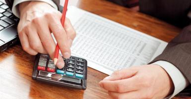 Σήμερα λήγει η προθεσμία για την πρώτη δόση του φόρου εισοδήματος και την απόδοση ΦΠΑ - Κεντρική Εικόνα