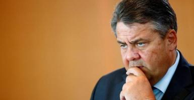Γκάμπριελ: Η Γερμανία να κάνει το παν για να μείνει η Ελλάδα στην ευρωζώνη - Κεντρική Εικόνα