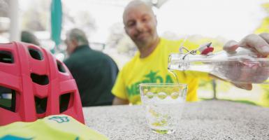 Τι δεν ξέρουμε για την... γκαζόζα και γιατί θεωρείται «ξεχωριστό» ποτό! - Κεντρική Εικόνα