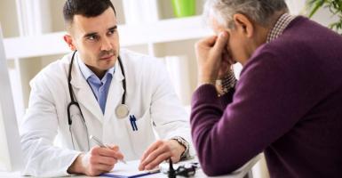 Διπλασιάστηκαν οι καταγγελίες για τη συμπεριφορά των γιατρών το 2018 - Κεντρική Εικόνα