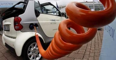 Σταθμός φόρτισης ηλεκτρικών αυτοκινήτων στην Καρδίτσα - Κεντρική Εικόνα