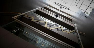 «Βηματισμό» αναζητεί το Χρηματιστήριο - Κεντρική Εικόνα