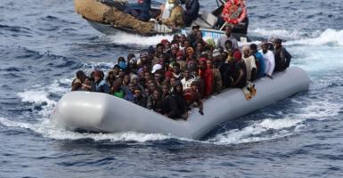 Le Soir: Δύο φορές πιο επικίνδυνη από πέρσι η μεταναστευτική οδός της Μεσογείου - Κεντρική Εικόνα