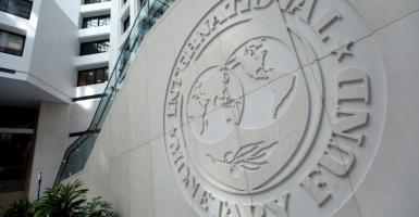 Μαύρα σύννεφα «βλέπει» πάνω από την παγκόσμια οικονομία το ΔΝΤ - Κεντρική Εικόνα