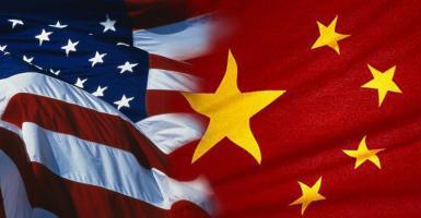 Μεγάλες εταιρείες λιανεμπορίου απευθύνουν έκκληση στον Τραμπ να μην επιβάλει μαζικούς δασμούς στην Κίνα - Κεντρική Εικόνα