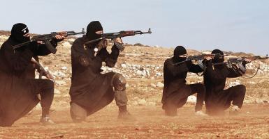 Πού βρήκε όπλα το «Ισλαμικό Κράτος» τα προηγούμενα χρόνια - Σκοτεινές συναλλαγές - Κεντρική Εικόνα