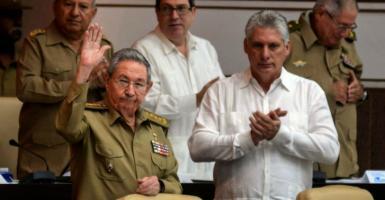 Το προφίλ του νέου Κουβανού προέδρου, Μιγκέλ Ντίας Κανέλ - Κεντρική Εικόνα