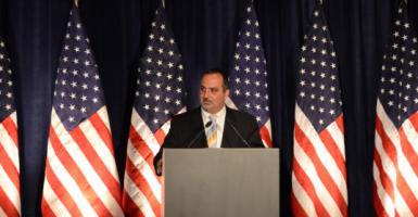 O Έλληνας που «κατέκτησε» το State Department - Κεντρική Εικόνα