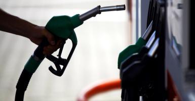 Λουκέτο σε πρατήριο καυσίμων έβαλε η ΑΑΔΕ για μη έκδοση αποδείξεων - Κεντρική Εικόνα