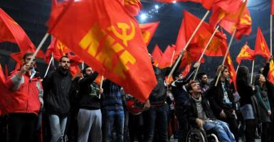 ΚΚΕ: Στελέχη του ΣΥΡΙΖΑ γυρεύουν «αριστερό» άλλοθι  - Κεντρική Εικόνα