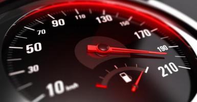 Γκάζια «τέλος» στην Ευρώπη - Υποχρεωτικός «κόφτης» σε όλα τα οχήματα από το 2022 - Κεντρική Εικόνα
