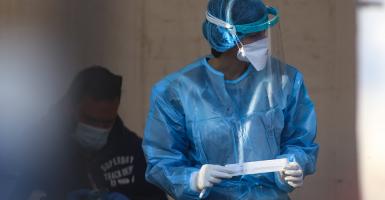 Κορωνοϊός: 866 νέα κρούσματα, τα 364 στην Αττική και 27 θάνατοι - Κεντρική Εικόνα