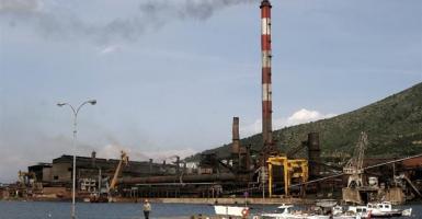 SOS εκπέμπει μια από τις τελευταίες βαριές βιομηχανίες της χώρας - Κεντρική Εικόνα