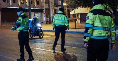 Μπαλάσκας για μετακίνηση 4: «Ποιος θα πληρώνει τα τηλέφωνα που θα κάνει ο αστυνομικός;» (Video) - Κεντρική Εικόνα