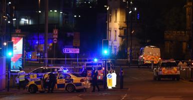 Στους 22 οι νεκροί της επίθεσης στο Manchester Arena - Σκοτώθηκε και ο δράστης - Κεντρική Εικόνα