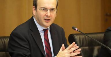 Χατζηδάκης: Ευχόμαστε η αξιολόγηση να μην είναι επίδεσμος, που θα κλείσει βιαστικά και λαχανιασμένα... - Κεντρική Εικόνα