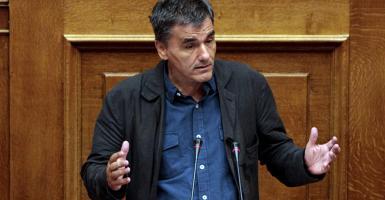 Ευκ. Τσακαλώτος: «Όσο και να βασανίσει τα στοιχεία ο κ. Σταϊκούρας, η Ελλάδα παραμένει στον πάτο της Ευρώπης» - Κεντρική Εικόνα