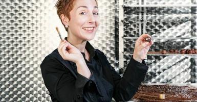Η Θεσσαλονικιά που διαπρέπει στην πατρίδα της σοκολάτας, τις Βρυξέλλες - Κεντρική Εικόνα