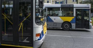 Αλλαγές στα Μέσα Μεταφοράς: Τι θα γίνει με την τιμή του εισιτηρίου και τους ελεγκτές - Κεντρική Εικόνα
