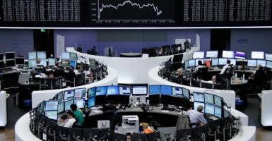 Ευρωπαϊκά χρηματιστήρια: Οριακές διακυμάνσεις σημείωνουν οι μετοχές - Κεντρική Εικόνα