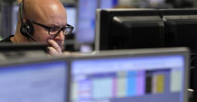 Συνεχίστηκαν οι ρευστοποιήσεις στην αγορά ομολόγων - Κεντρική Εικόνα