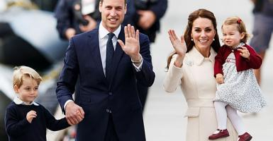 Ποιο είναι το μόνο δώρο που ο πρίγκιπας Ουίλιαμ και η Κέιτ απογορεύεται να πάρουν στα παιδιά τους; - Κεντρική Εικόνα