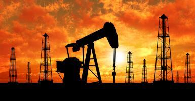 Ανακάμπτει το πετρέλαιο από τα χαμηλά 5 μηνών - Κεντρική Εικόνα