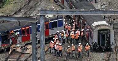 Χονγκ Κονγκ: Οκτώ ελαφρά τραυματίες από εκτροχιασμό συρμού του μετρό - Κεντρική Εικόνα