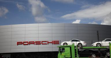 Porsche: Συνεργάζεται με τις γερμανικές αρχές για υπόθεση φοροδιαφυγής - Κεντρική Εικόνα