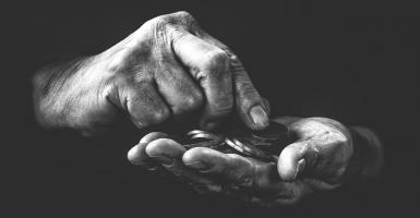 Η πανδημία εκτόξευσε τον πλούτο των κροίσων και διπλασίασε την ακραία φτώχεια - Κεντρική Εικόνα