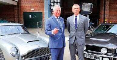 Ο πρίγκιπας Κάρολος στη νέα ταινία του James Bond; - Κεντρική Εικόνα