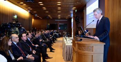 ROOTS: Πρόγραμμα συνεργασίας μεταξύ Χ.Α.-Ελληνοαμερικανικού για τη στήριξη των ΜμΕ  - Κεντρική Εικόνα