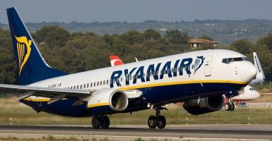 Η Ryanair μπορεί να έφυγε από τα Χανιά, ενισχύει όμως τις πτήσεις της στο Ηράκλειο - Κεντρική Εικόνα