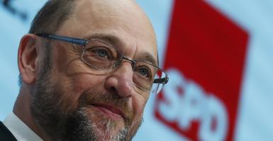Κατακόρυφη άνοδος για Σουλτς του SPD στη Γερμανία - Κεντρική Εικόνα