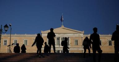 Ευρωβαρόμετρο: Καταπολέμηση της ανεργίας των νέων ζητούν οι Έλληνες - Κεντρική Εικόνα