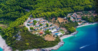 Eπέκταση στις 500 κλίνες για πεντάστερο στο πιο πευκόφυτο νησί της χώρας (photos) - Κεντρική Εικόνα