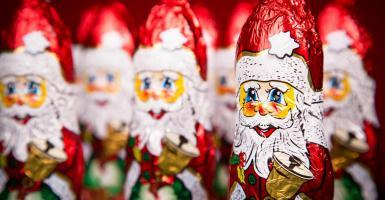 Έκθεση-καταπέλτης για χριστουγεννιάτικες σοκολάτες: Βουτηγμένες στο αίμα παιδιών-εργατών - Κεντρική Εικόνα