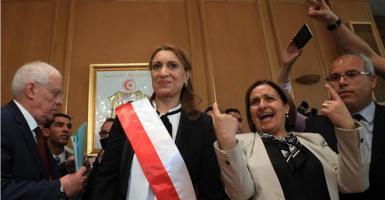 Σουάντ Αμπντεραχίμ: Η πρώτη γυναίκα δήμαρχος της πρωτεύουσας της Τυνησίας - Κεντρική Εικόνα