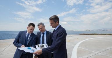 Mητσοτάκης: Στηρίζουμε ανεπιφύλακτα την επένδυση στο λιμάνι του Πειραιά - Κεντρική Εικόνα