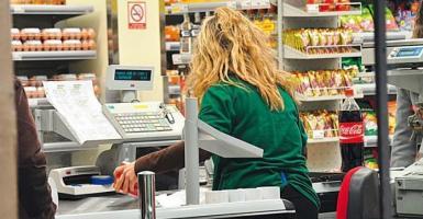 Έρχεται και στην Ελλάδα το τέλος των ταμείων στα σούπερ μάρκετ - Ποιες αλυσίδες θα κάνουν την αρχή (Video) - Κεντρική Εικόνα